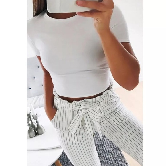 Tops - Basic white crop top